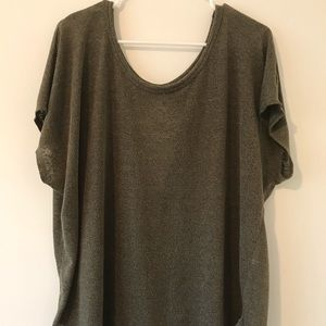 Knit split back tee